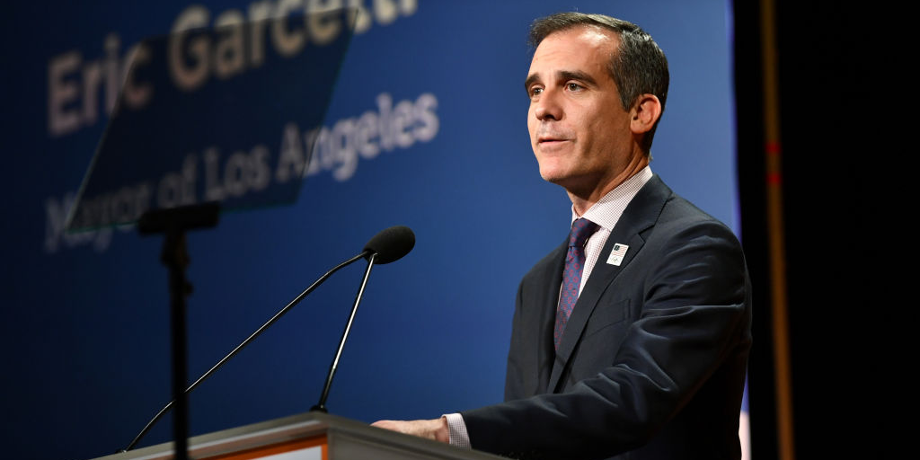 Full Interview Los Angeles Mayor Eric Garcetti Says The Worst Is Yet To Come And Warns Other Mayors To Shut Their C In 2020 Business Insider Future Tech Eric Garcetti