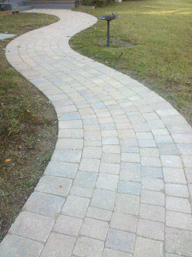 Curved Paver Walkway Curving Walkway Made From Full Color Natural Cleft Bluestone Walkway Landscaping Bluestone Walkway Outdoor Walkway