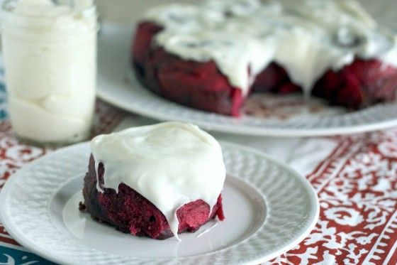 {Red Velvet Rolls with Cream Cheese Frosting}   www.countrycleaver.com
