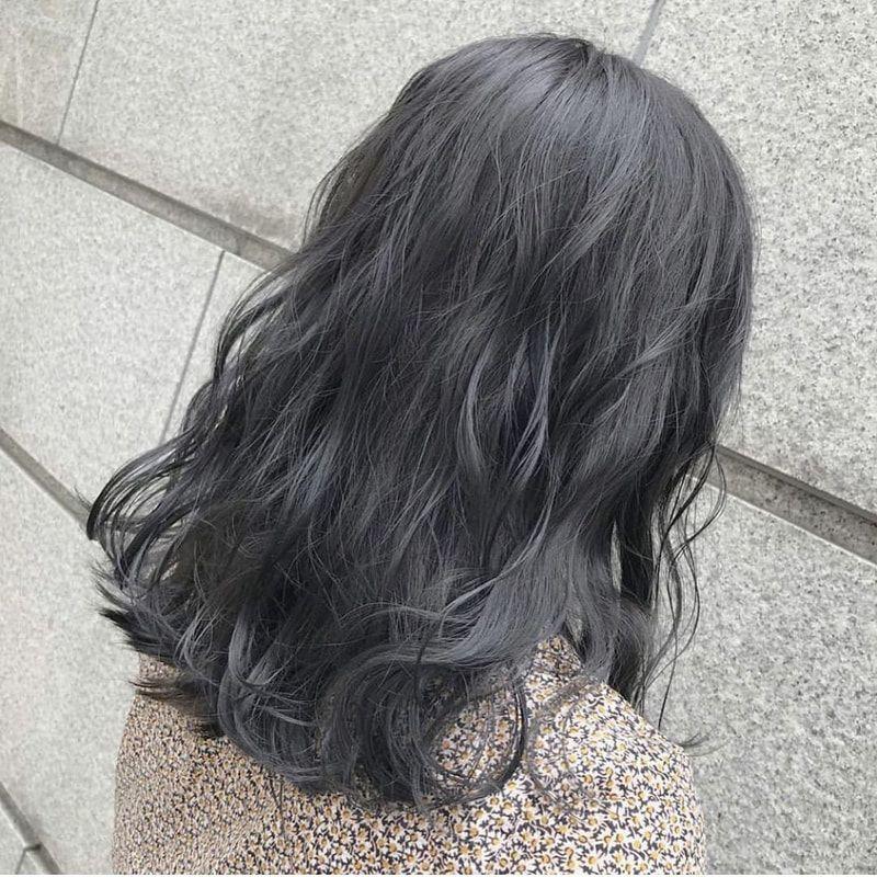ブルベ冬 ウィンタータイプ に似合う髪色は 暗め 明るめのおすすめ