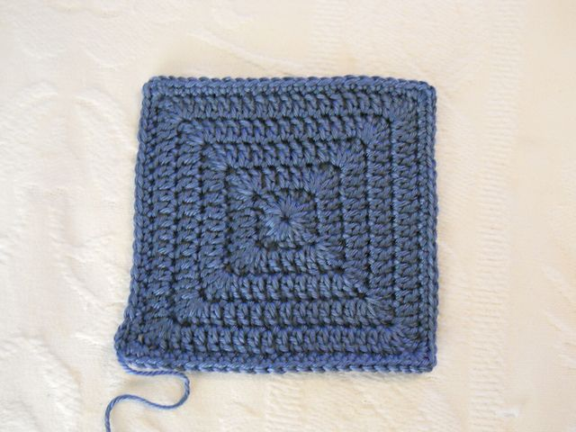 Simple solid granny square - free crochet pattern by Kristie-Beth. I ...