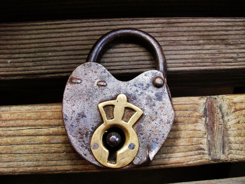 Antique Padlock Old Padlock Skeleton Key Antique Lock Skeleton Key Old Lock Heart Lock Antique Padlock Skeleton Keys Key Old Keys Key Lock