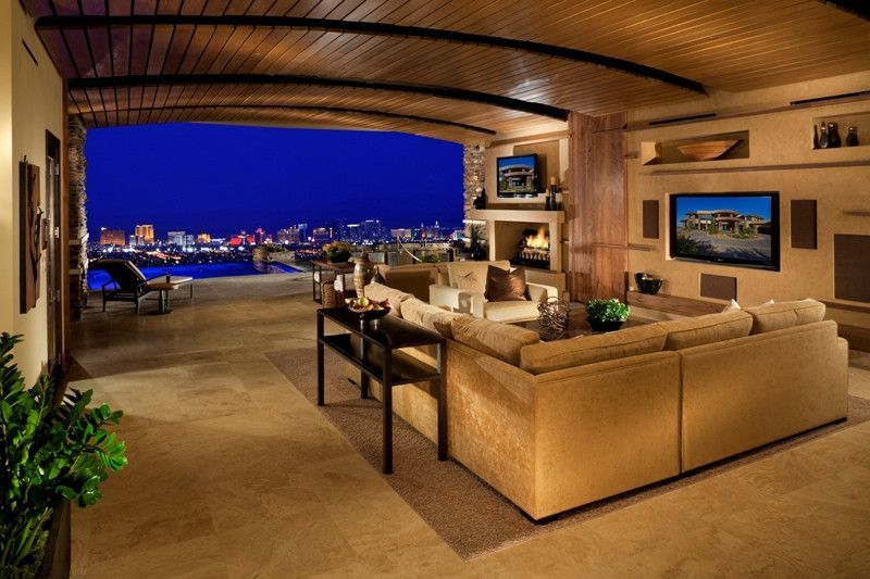 Living Room In Las Vegas With Amazing Strip View 800 X 533