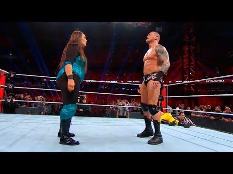 Wwe 30 Man Royal Rumble Match 2019 Nia Jax Vs Randy Orton Vs Braun Strowman Vs Seth Rollins Youtube Wwe Royal Rumble Royal Rumble Braun Strowman
