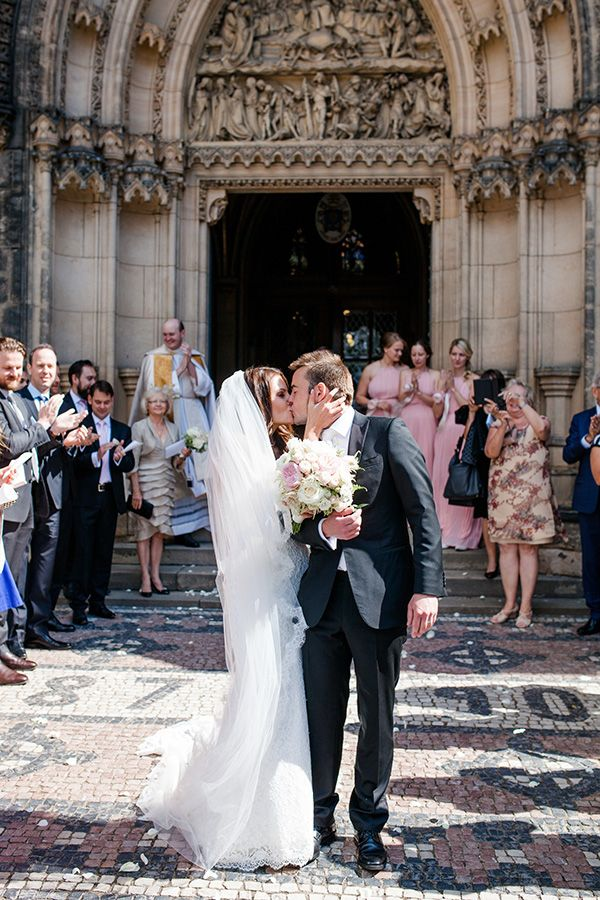 Timeless Wedding in Prague