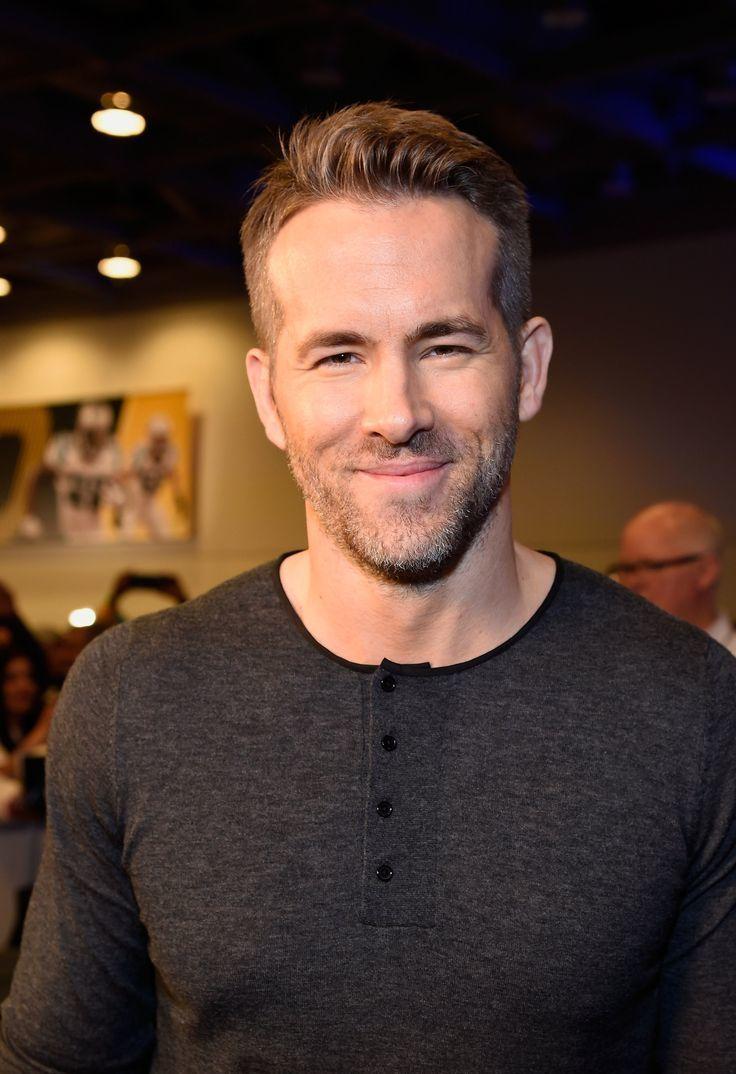 5 Rockin Ryan Reynolds Beard Styles Hairstylecamp In