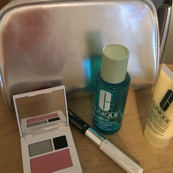 Clinique make up bag w/goodies Mascara/primer, dramatically different moisturizer, eye make up remover, blush/eyeshadow compact all in silver Clinique bag Clinique Makeup Blush