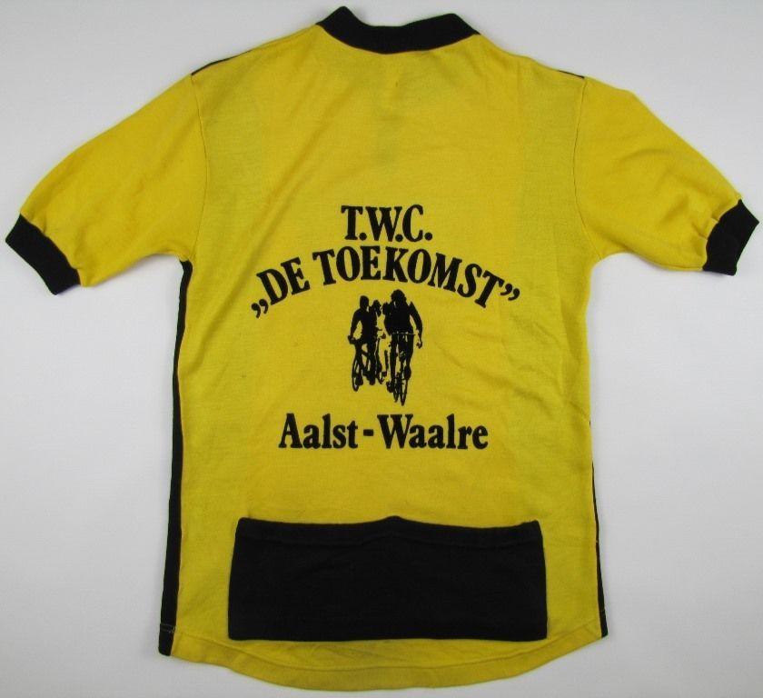 115050b03 Aalst-Waalre 1970s acrylic cycling top Leopard jersey Radtrikot Belgium  vintage