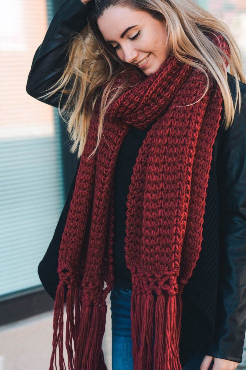 Chunky Knit Tassel Scarf Wholesale Leto Winter Accessories Knit Braided Cute Style Red Crochet Scarf Pattern Free Scarf Styles Simple Scarf Crochet Pattern