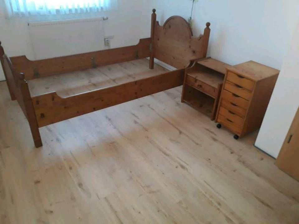 f6137b0cbc Fichte massiv Schlafzimmer, Schrank, Bett und Nachtschrank in  Nordrhein-Westfalen - Möhnesee