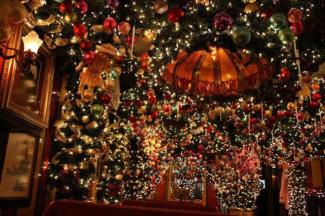 German Christmas Restaurant Nyc.Rolf S Nyc Holidays New York Christmas Christmas