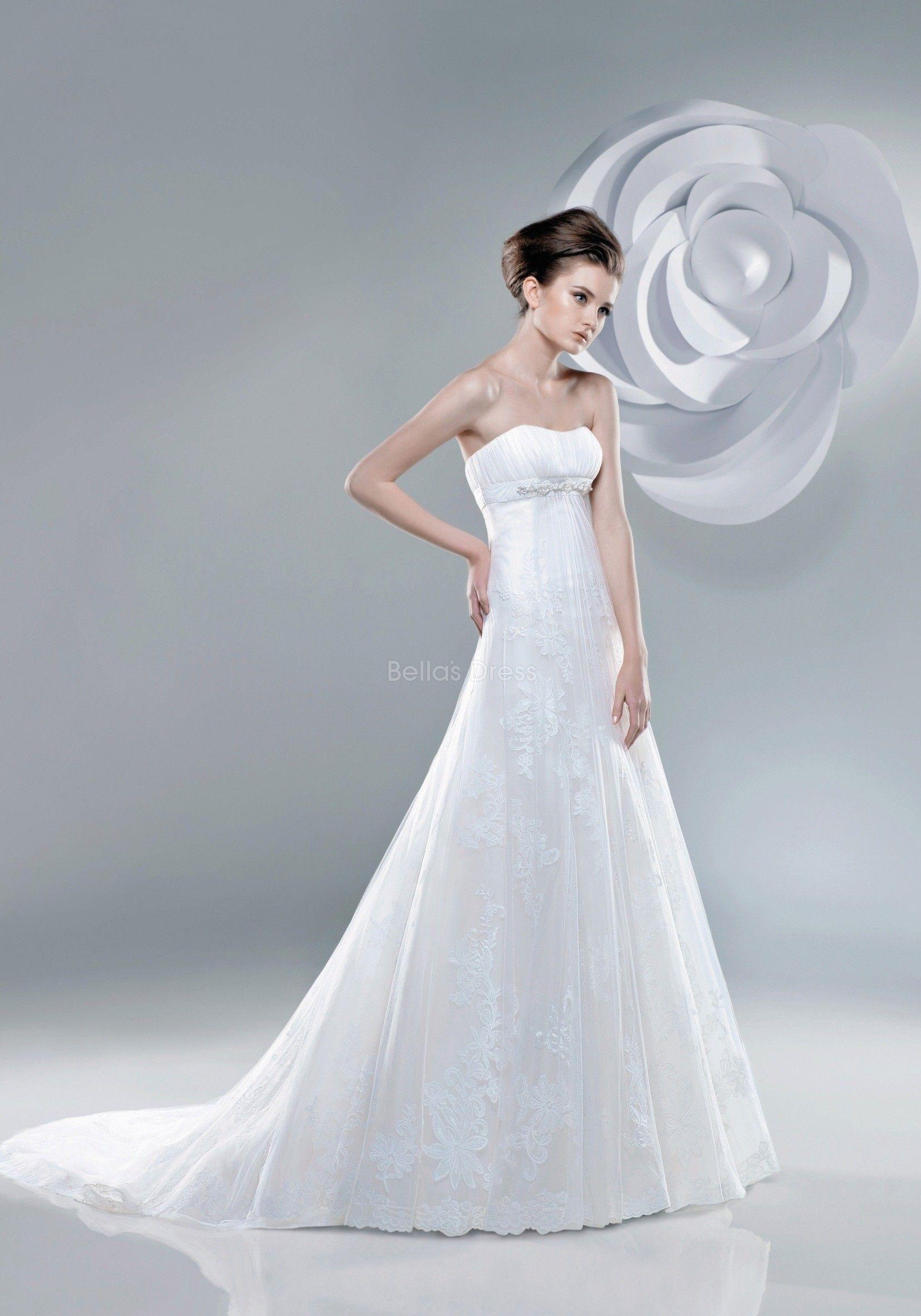 Elegant Lace A line Strapless Chapel Train Winter Wedding Dresses ...