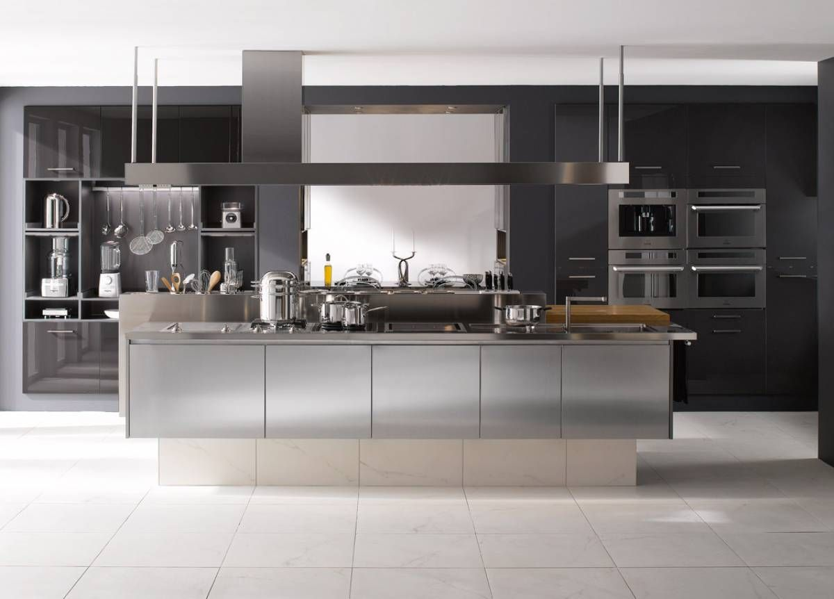 Meuble De Cuisine Design En Inox Inspiration Cuisine Professionnelle Cuisinedesign Cuisineinox Cuisinesurmesur Cuisines Design Cuisine Inox Cuisine Moderne