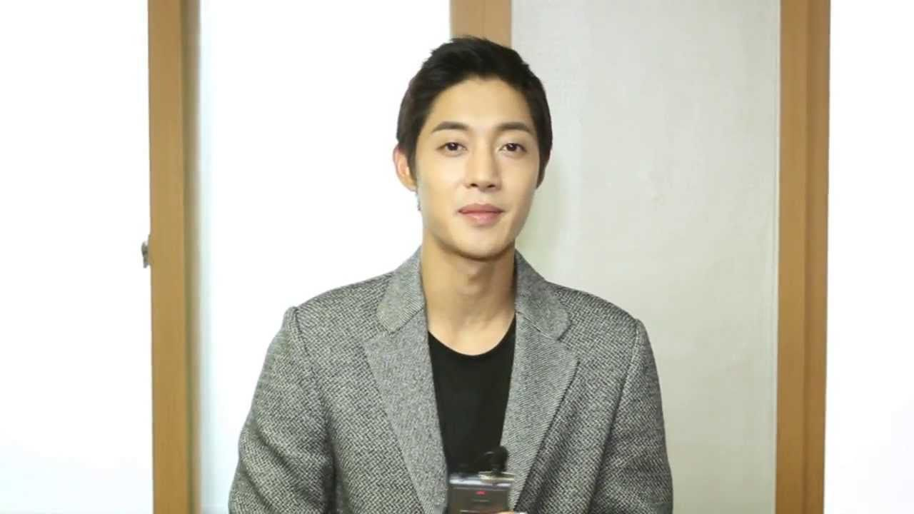 KIMHYUNJOONG (김현중) - 크리스마스 영상 메시지 video message to his Henetias for Christmas!!!!