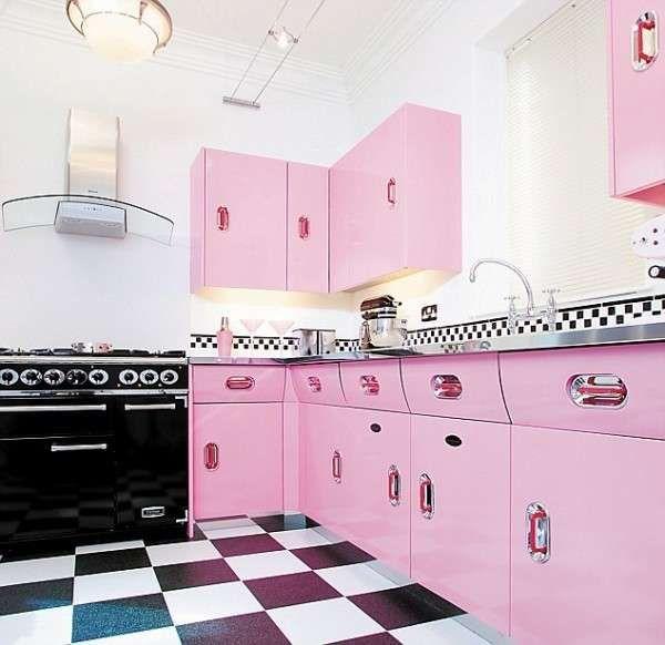 Arredamento anni 50 - Cucina rosa anni 50 | House