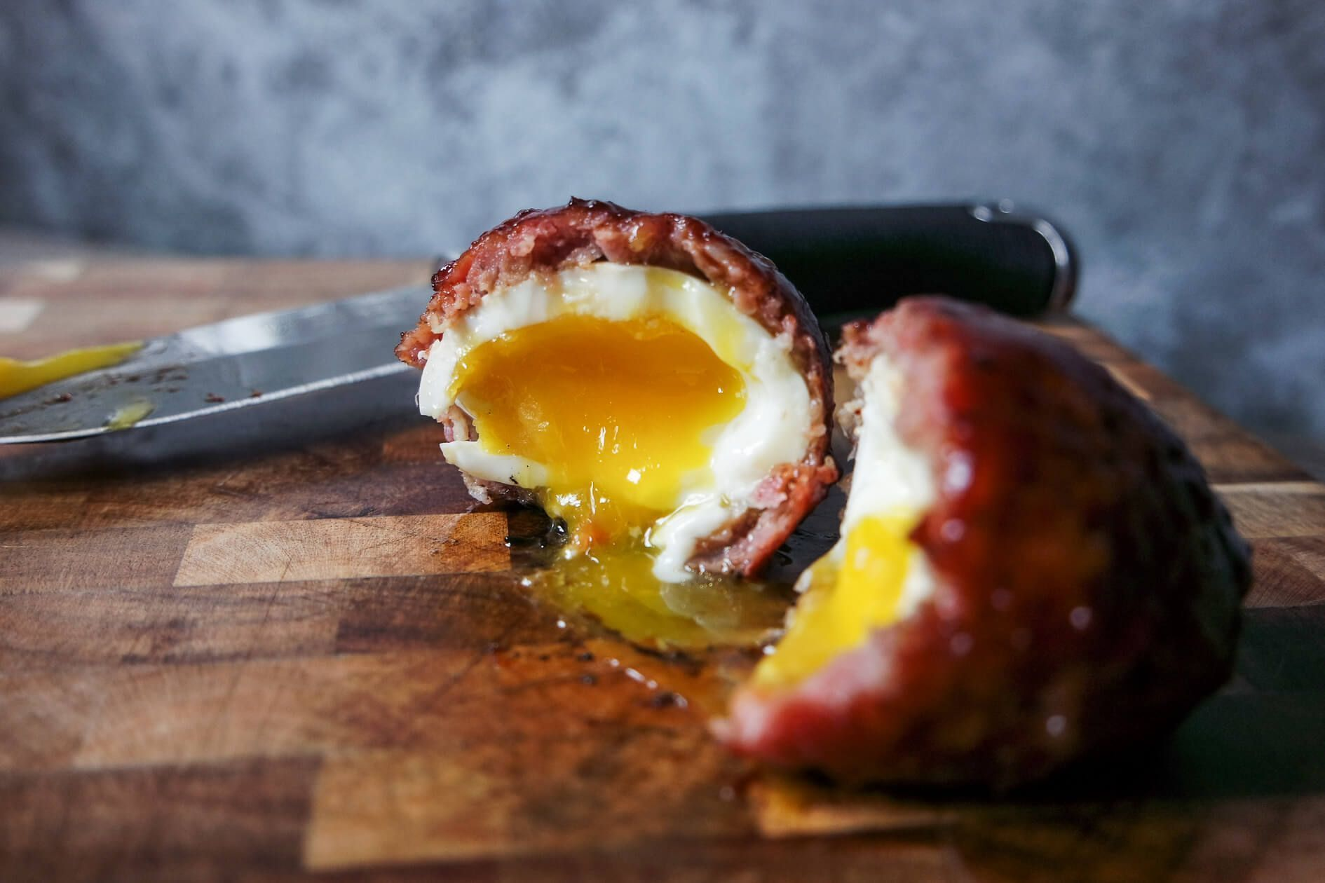 Smoked Scotch Eggs (with soft boiled yolks!) #scotcheggs How to make Smoked Soft Boiled Scotch Eggs on Jess Pryles #scotcheggs Smoked Scotch Eggs (with soft boiled yolks!) #scotcheggs How to make Smoked Soft Boiled Scotch Eggs on Jess Pryles #scotcheggs
