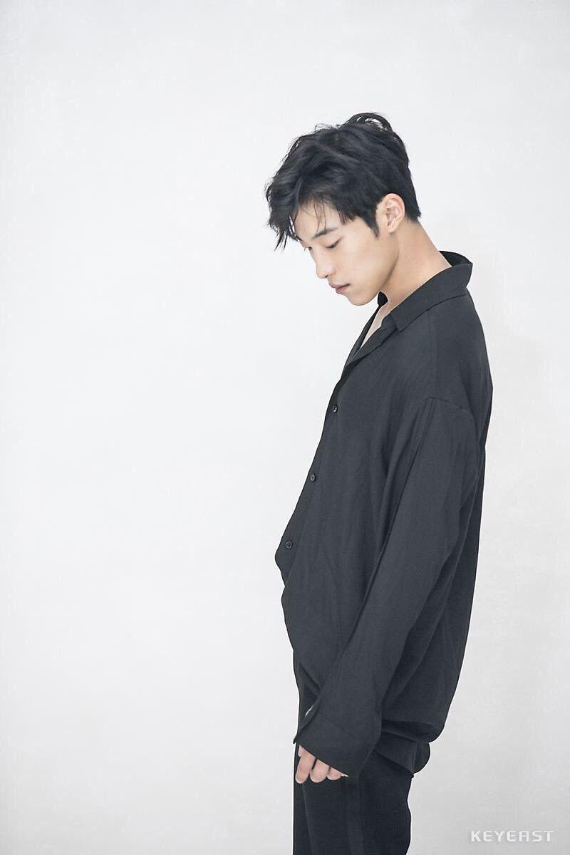 Woo Seo Nude Photos 50