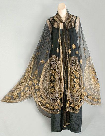 1920s Vintage Clothing 1652 Deco Metallic Embroidered Cape At Vintage Textile 1920s Fashion Vintage Dresses Art Deco Fashion