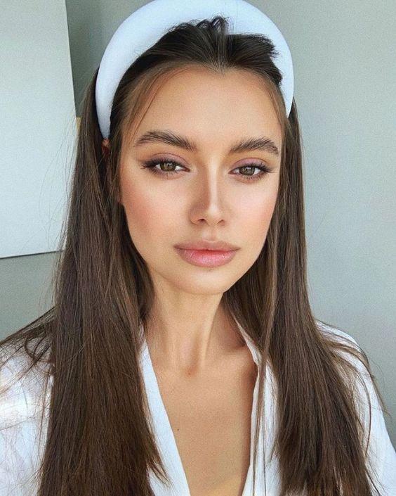 10 peinados fáciles para verte guapa y sexy en casa  – Maquillaje