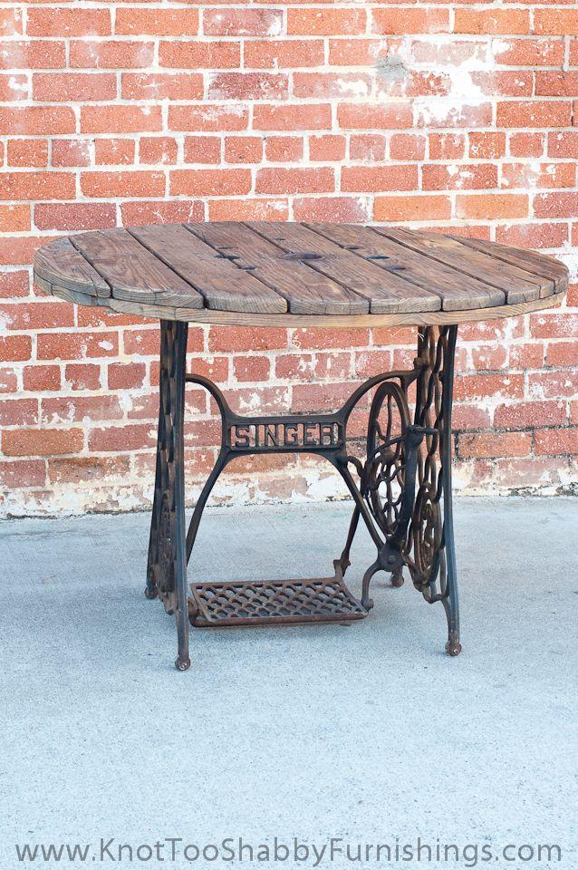 Table,+Singer+Sewing-1.jpg 638×960 pixels