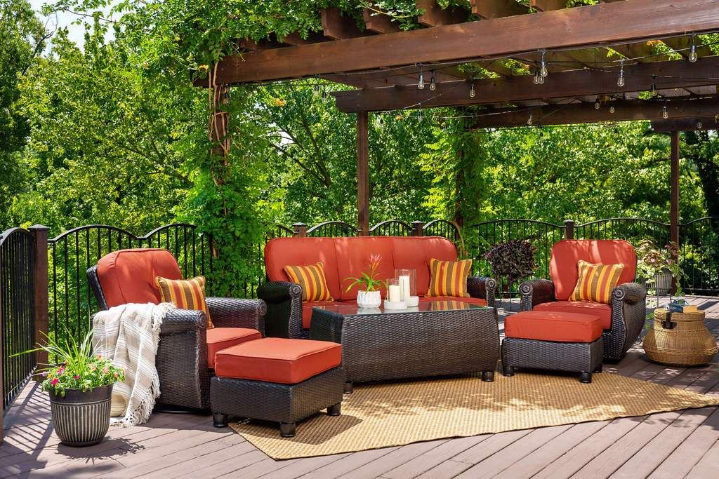 Breckenridge Swivel Rocker (Brick Red)