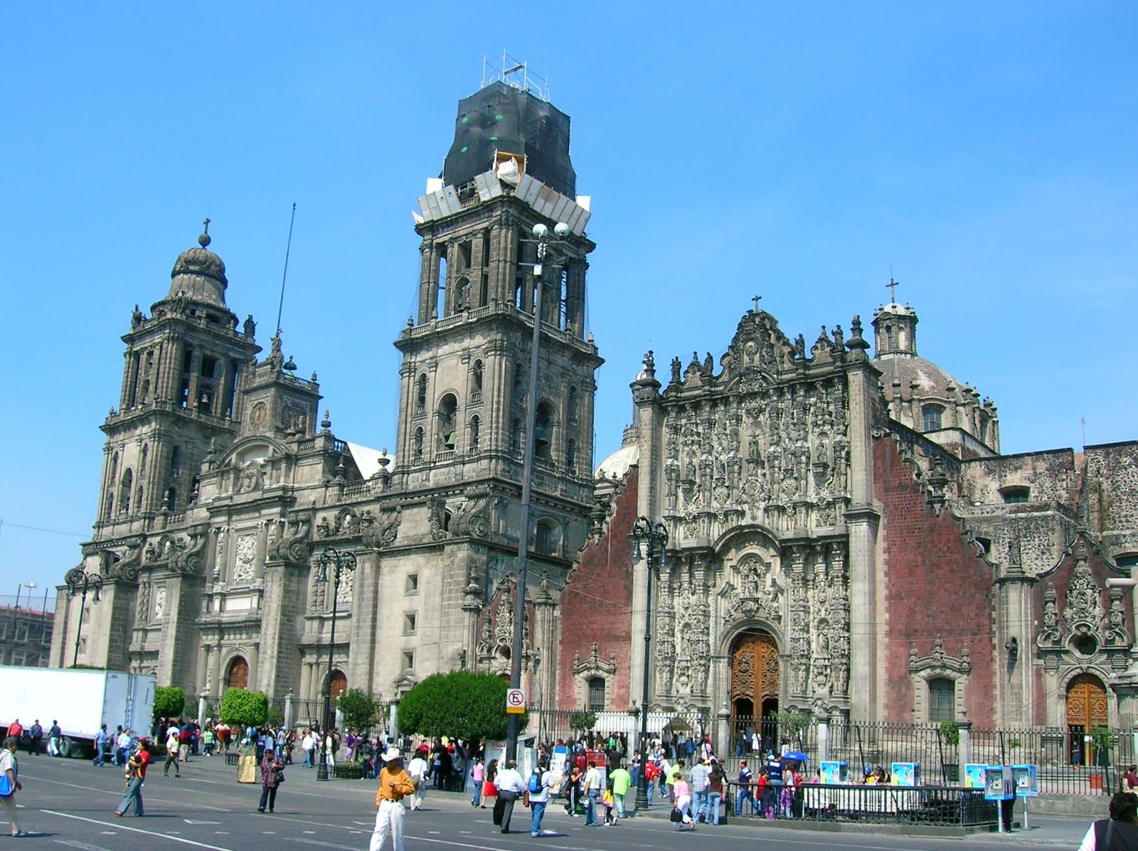 Famous Architecture In Mexico