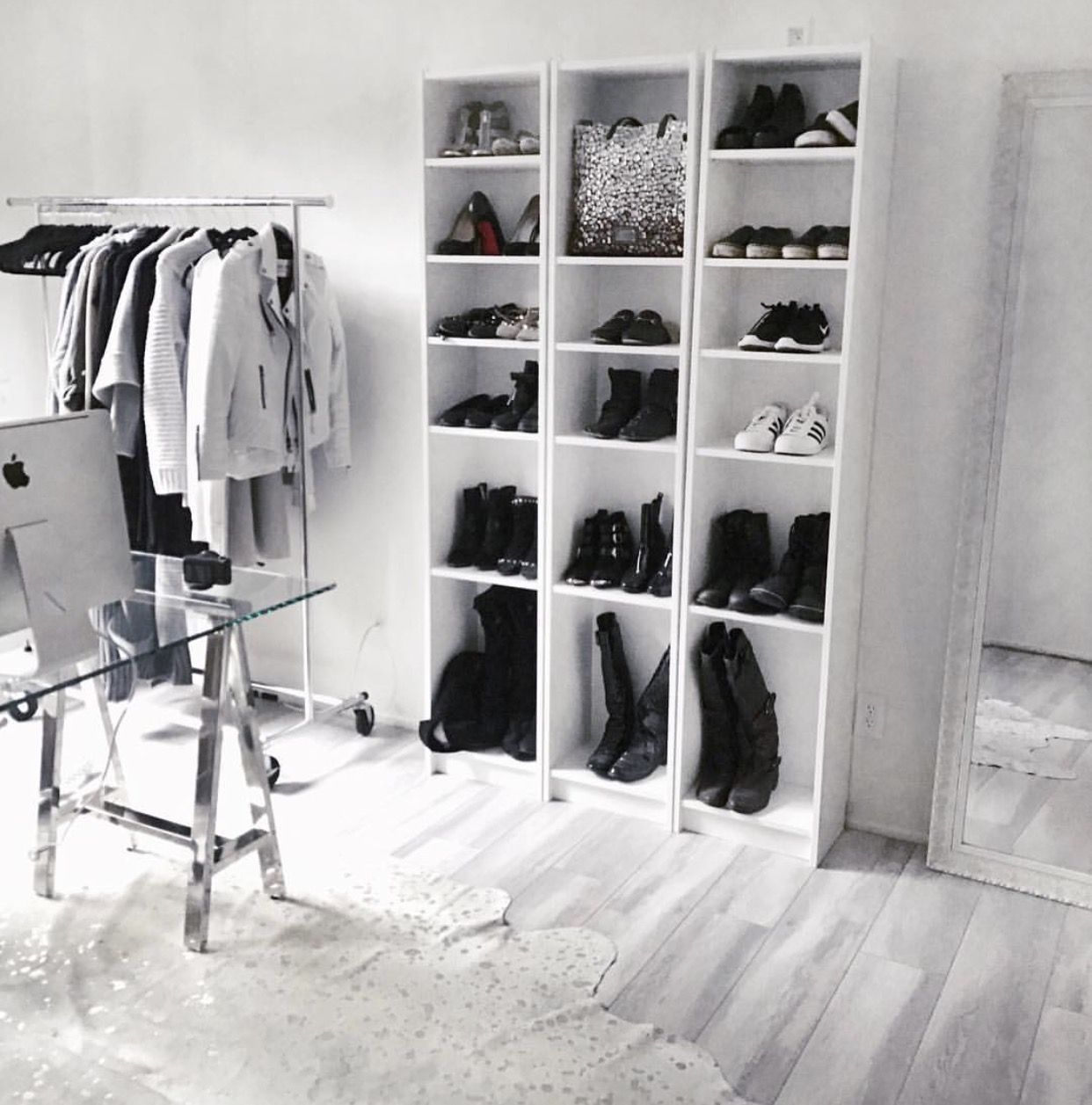 Closet Bedroom: NYC-based Fashion And Beauty