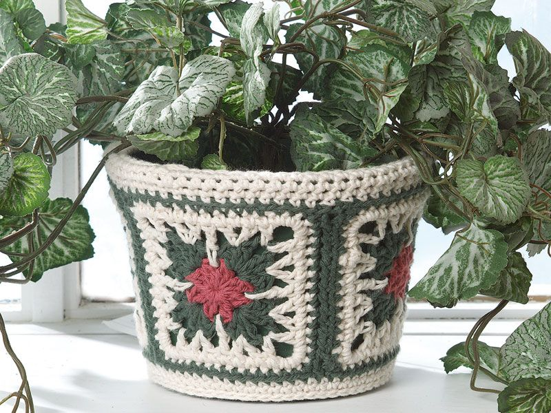 Poinsettia Granny flower pot cover, or a hundred different uses ...