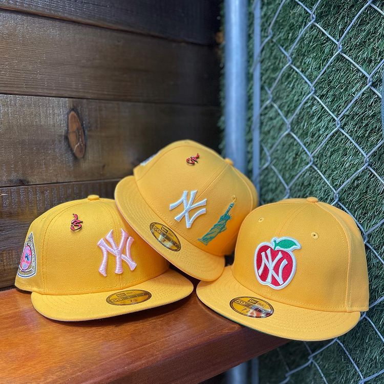 Lmtd Supply On Instagram Available In Store And Online Ny Yankees 1950 World Series Fitted For 75 Brand New In 2021 Fitted Hats Hat Aesthetic Streetwear Hats