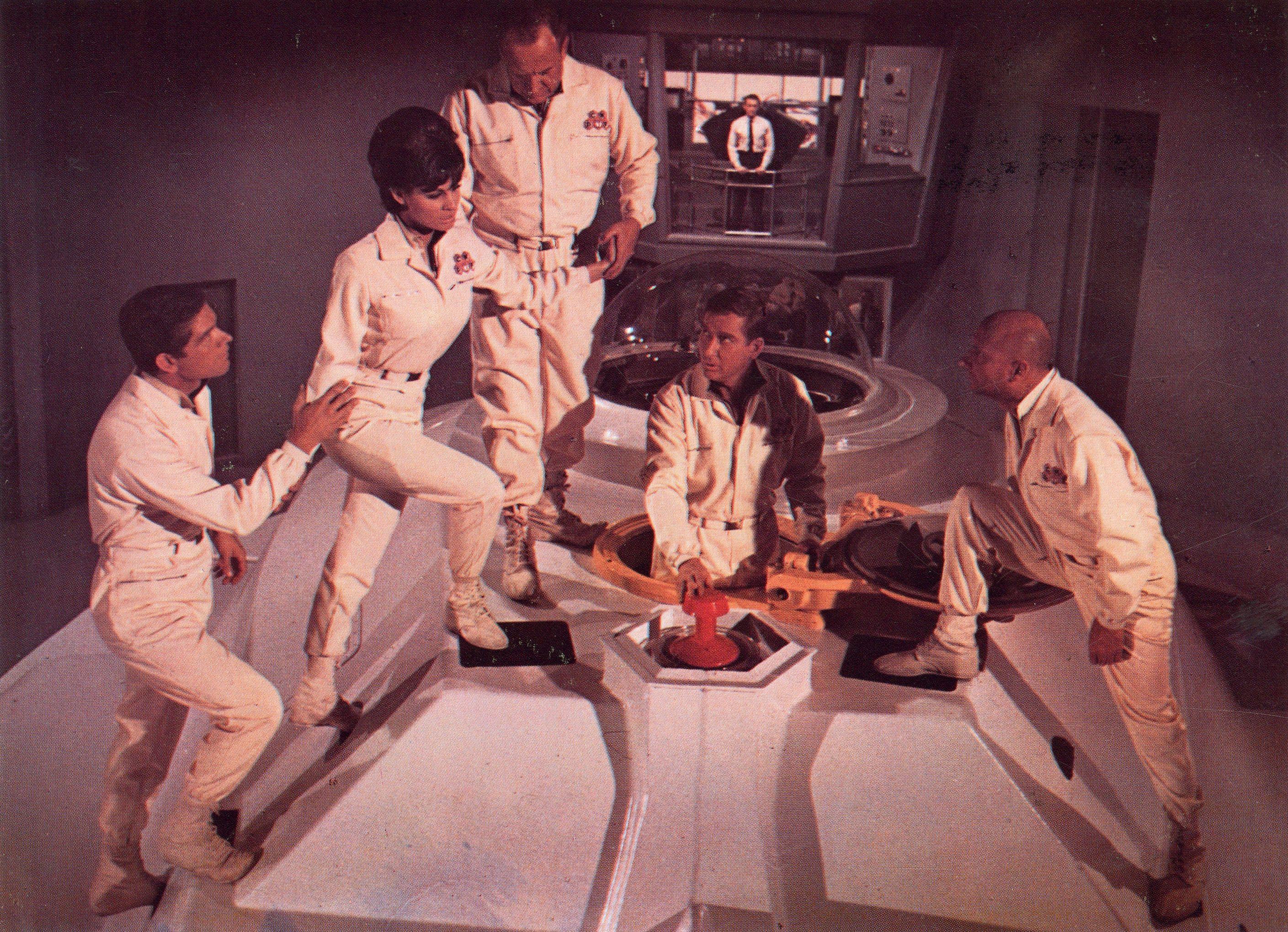 Fantastic voyage 1966.(Viaje alucinante). Narra la historia ...