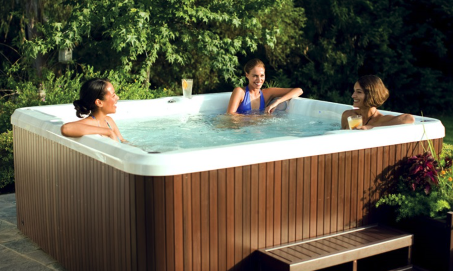 Superb Jacuzzi J Whirlpool Sitze Lounge Jets Clear Ray Technologie