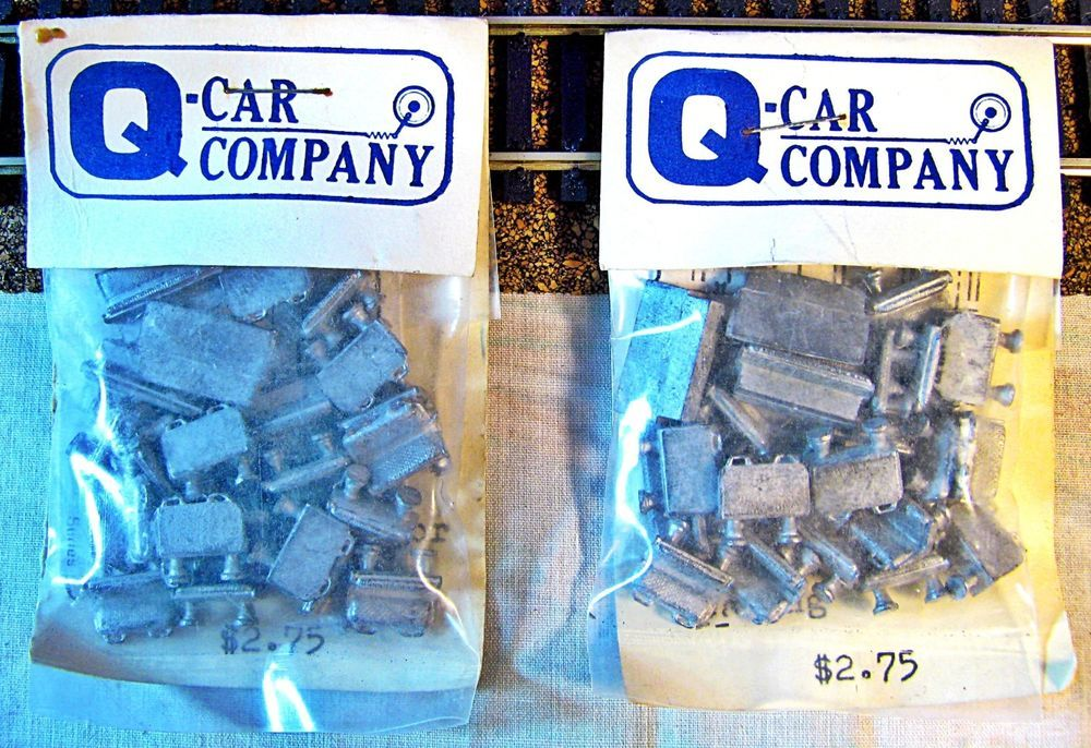 2 Q-Car Company CRT-4000 Diecast Metal Interior  Seating Detail Set,HIT202,HO #QCarCompany