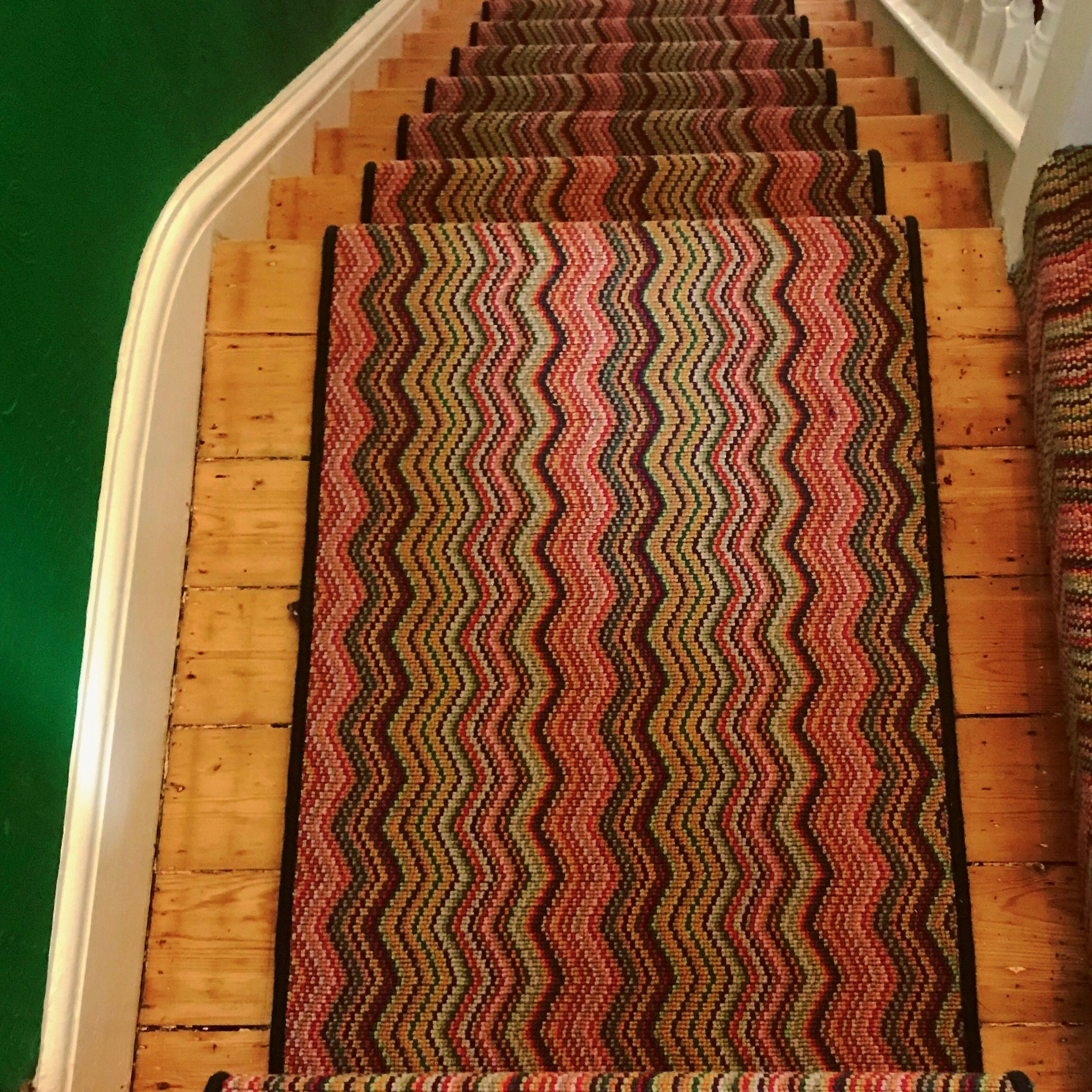 Best Image Result For Zig Zag Carpet Stairs Carpet Stairs 400 x 300