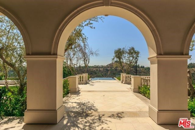 3100 BENEDICT CANYON DRIVE, BEVERLY HILLS, CA 90210 — Real Estate California