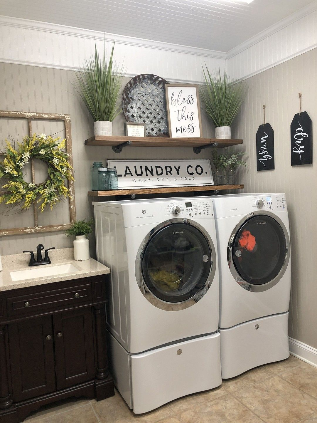 37 Smart Laundry Room Design Ideas and Tips for Functional Decorating images