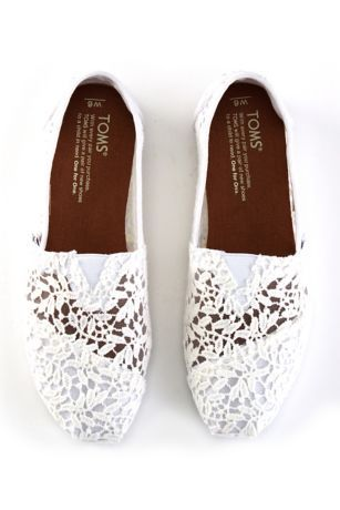 e394af87339 TOMS Lace Leaves Classic Slip-On Shoes Style 10008033