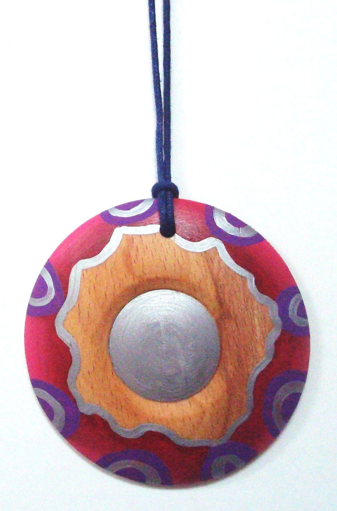 http://calpearts.blogspot.com.es/p/colgantes.html