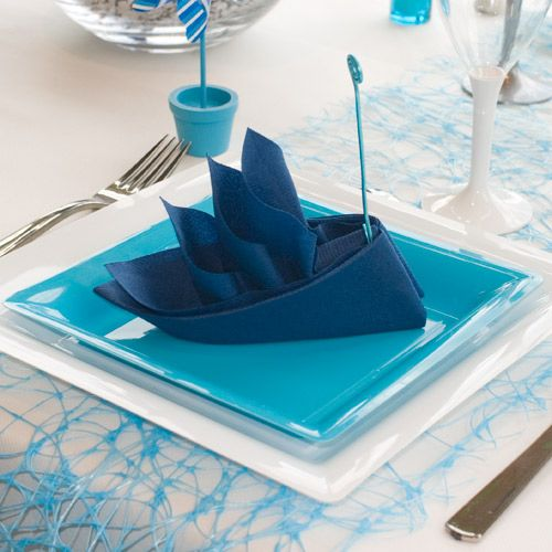 vid o de pliage de serviette bateau napkin folding style pinterest communion napkins and. Black Bedroom Furniture Sets. Home Design Ideas