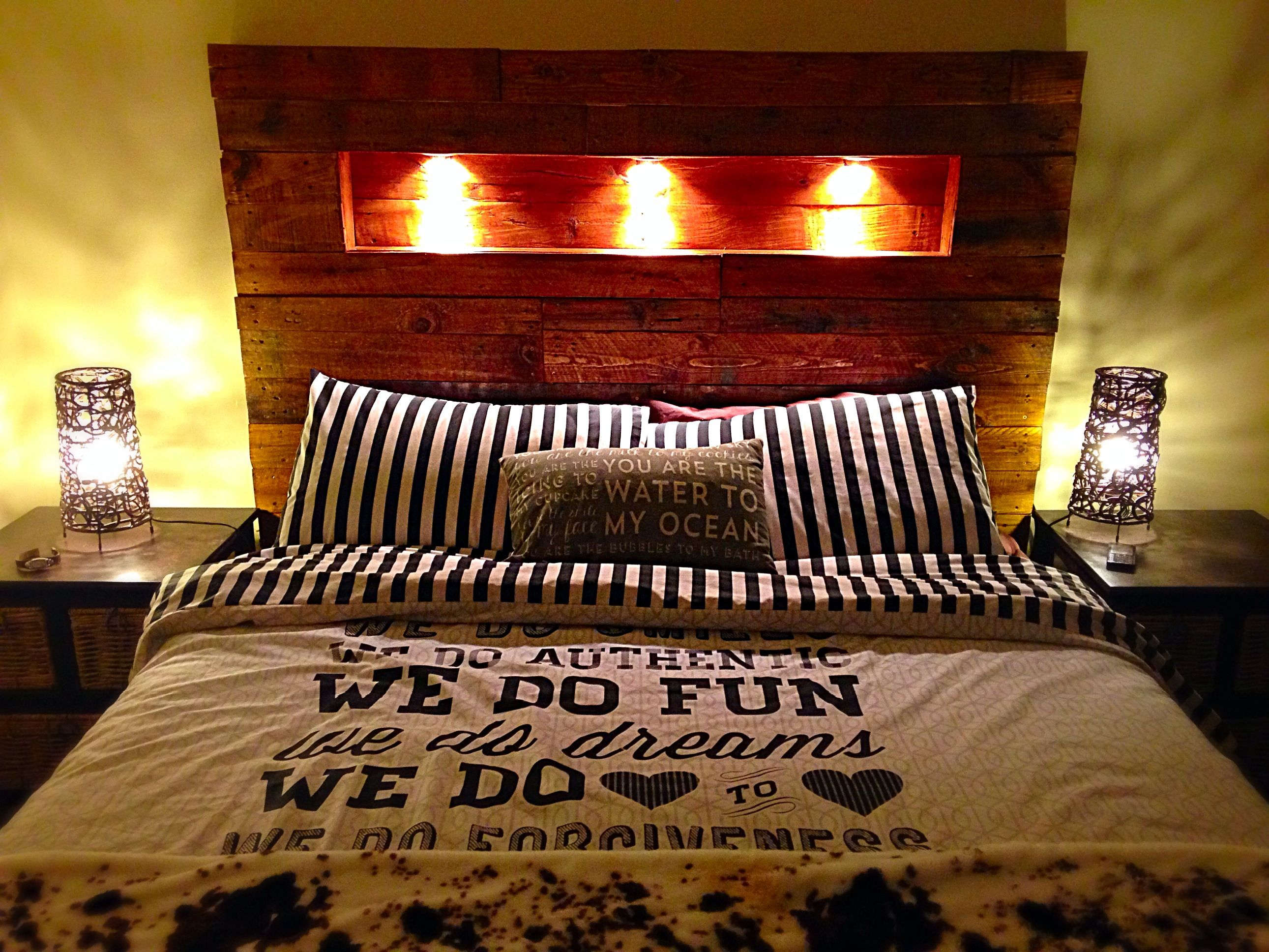 Queen Size Bed Headboard With Fitted Downlights All From Old Pallets Queen Size Bed Headboard Headboards For Beds Headboard