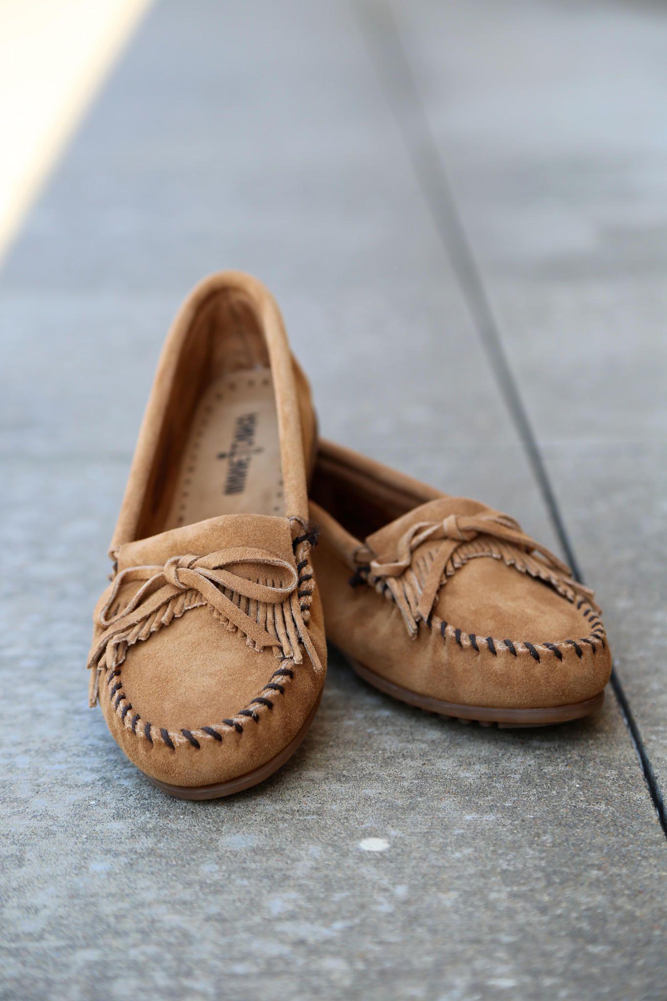 minnetonka outlet shoes