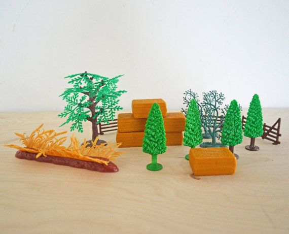 SUMMER SALE 18 Vintage Plastic Toy Trees Grass Hay by