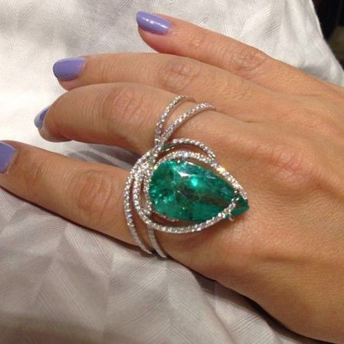 Massive Red Carpet Worthy Emerald