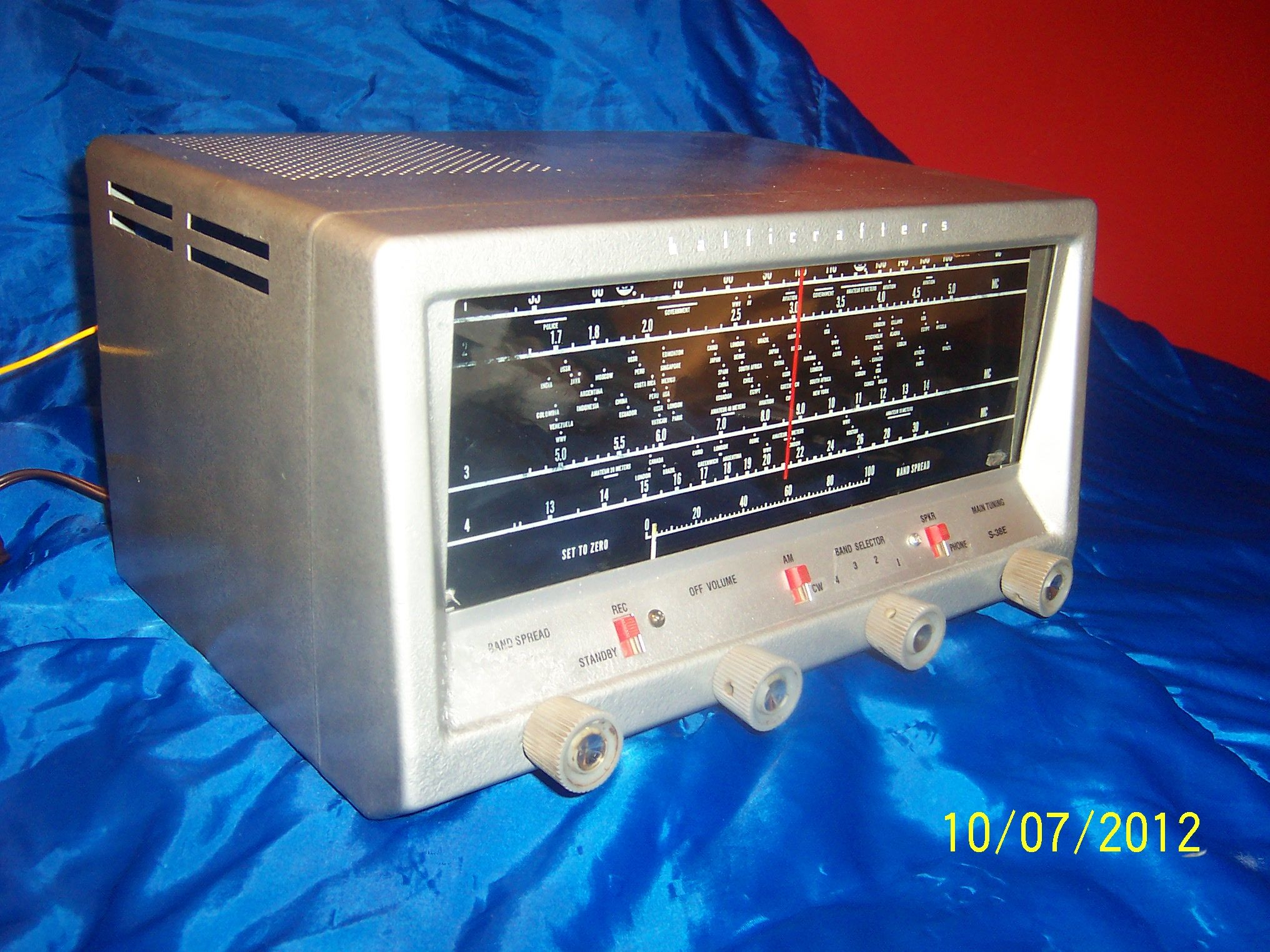 A Near Mint Hallicrafters S38E Ham radio, Radio, Cb radios