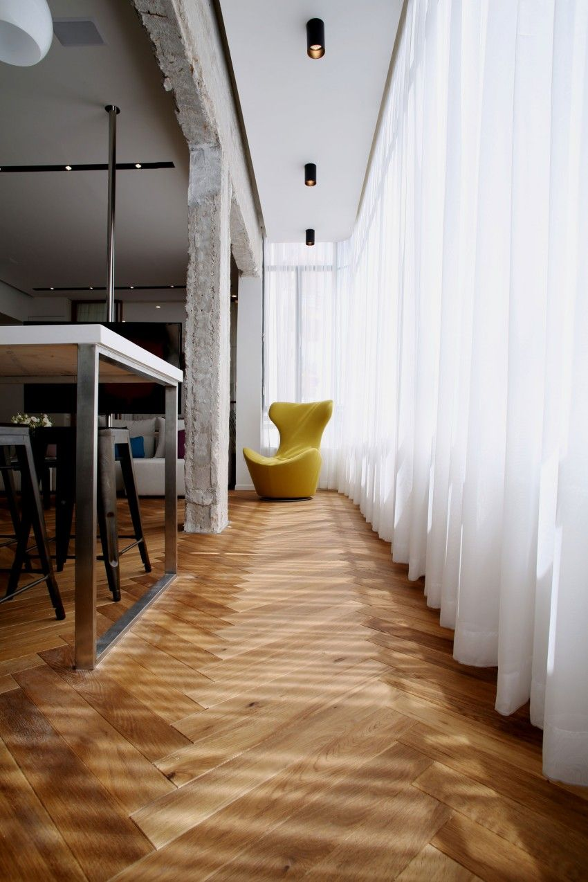 Tlv Rothschild Blvd Apartment by DORI Interior Design