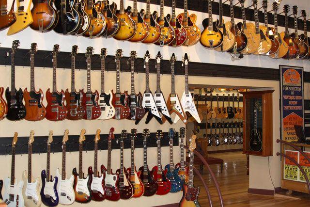 Nashville Tn Guitar Shops : gallery 20 coolest guitar stores in the us volume 2 nashville heritage guitar store ~ Vivirlamusica.com Haus und Dekorationen