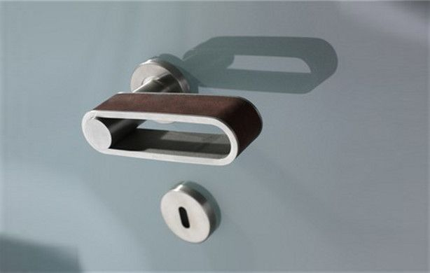 Delicieux Philip Watts Design Tanktrack Lever Door Handles In Stainless Steel From  Cheshire Hardware.