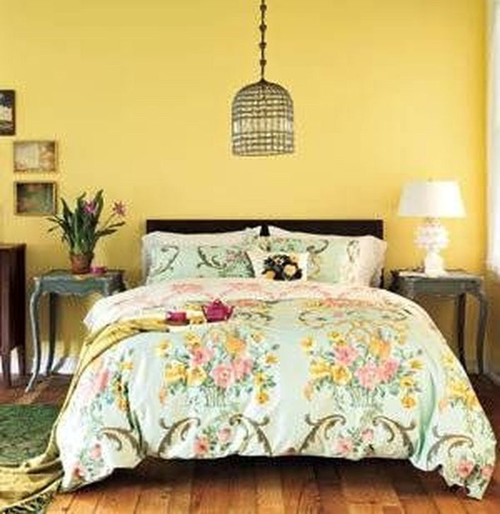 52 Delightful Yellow Bedroom Decoration And Design Ideas images