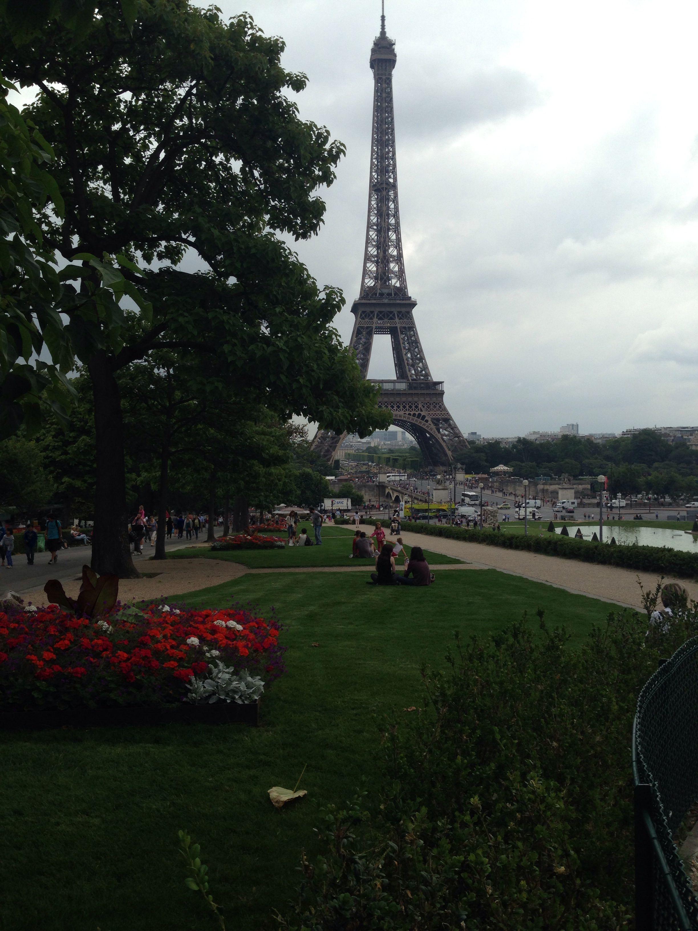 Paris, France Travel, Golden gate bridge, Golden gate