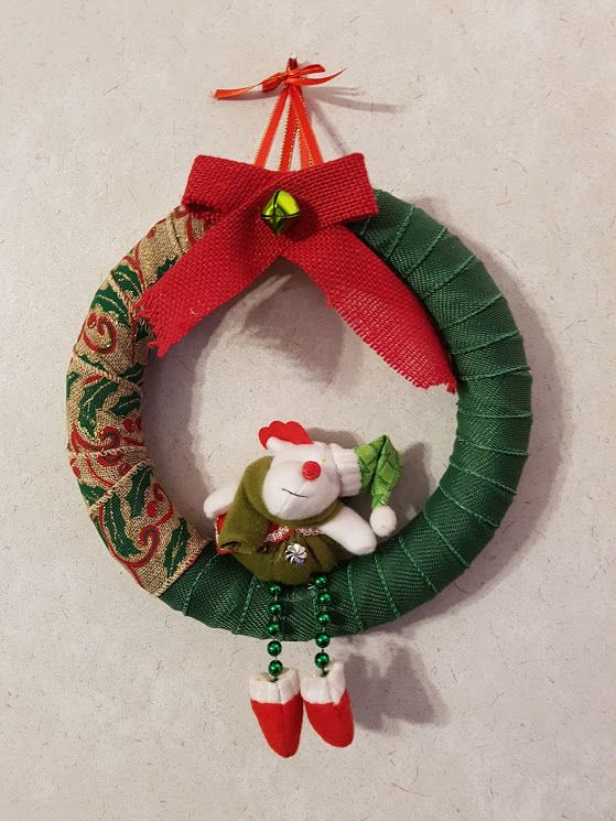Burlap Moose Christmas Wreath made by Pam Baker Painted Chairs