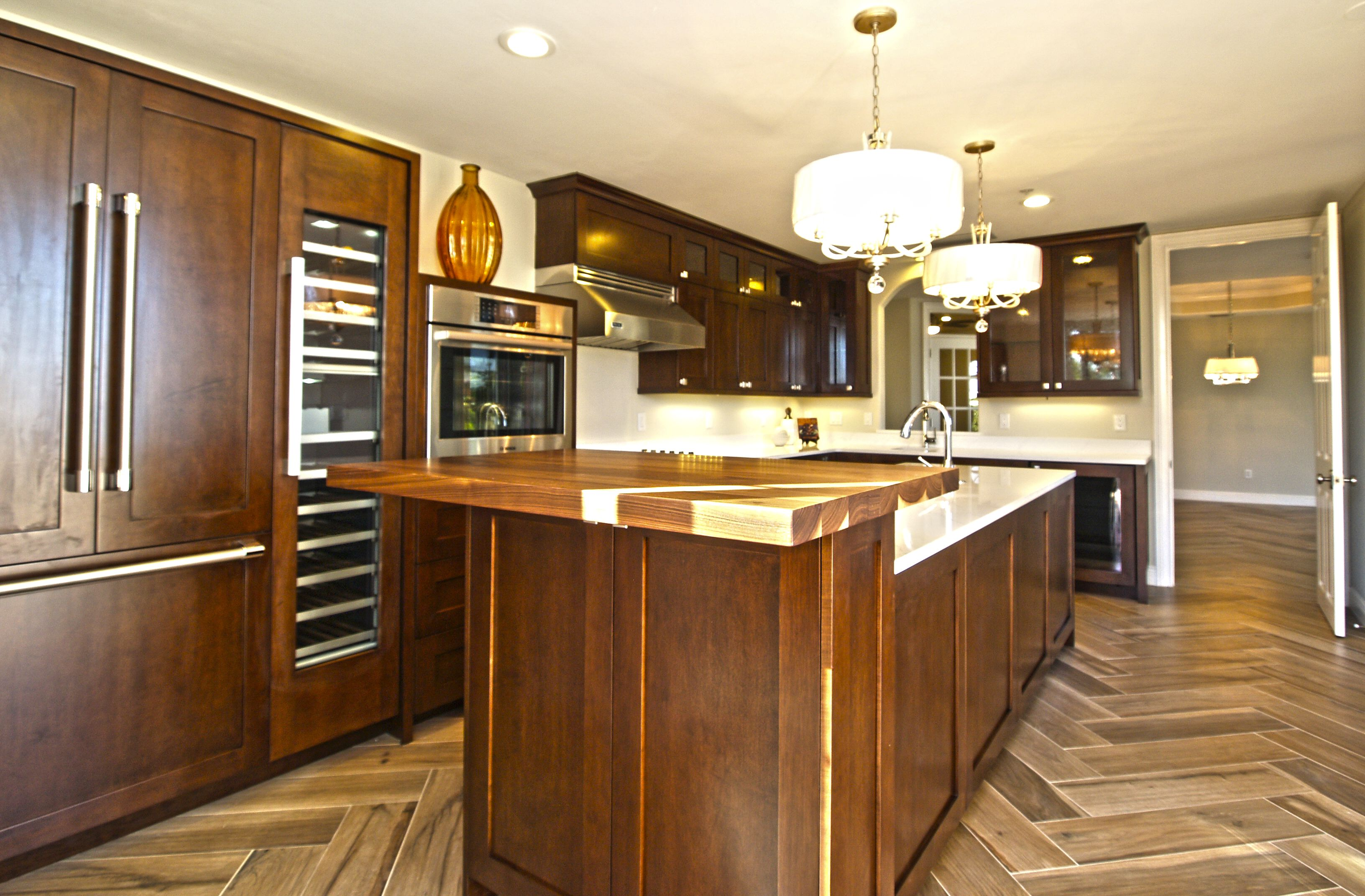 Kitchen Designs- this gorgeous kitchen features Custom De Vittori ...